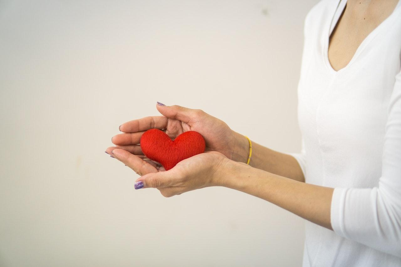 Read more about the article Who to tell when you leave money to a charity